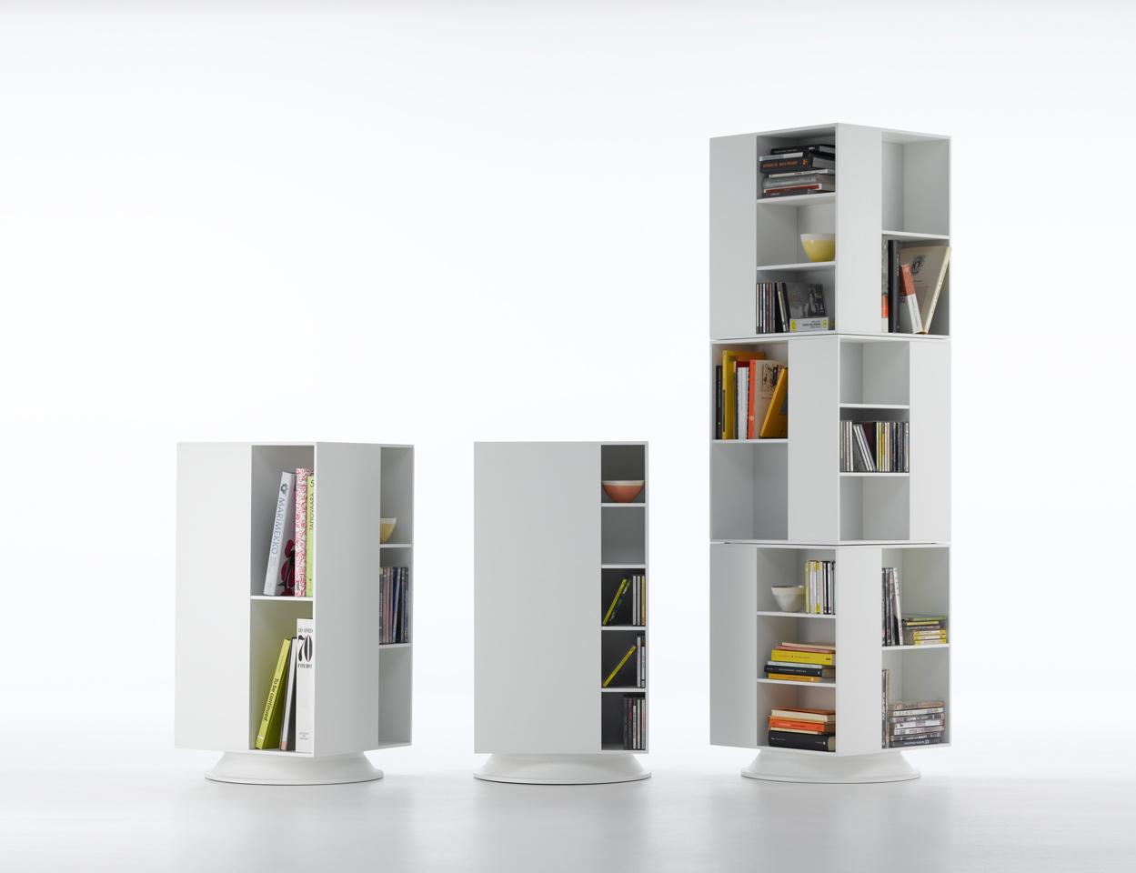 Книжные шкафы для детской комнаты для ребенка.
